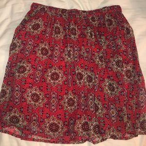 Patterned flowy skirt